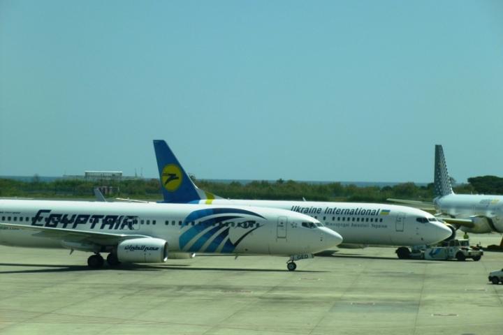 Aviones en el aeropuerto de Barcelona