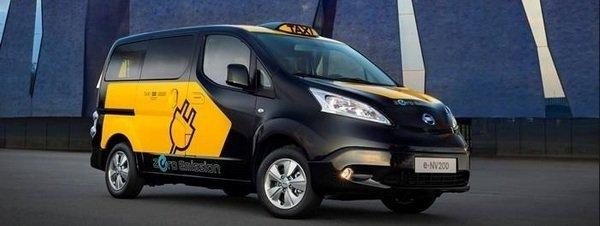 nissan taxi eléctrico barcelona