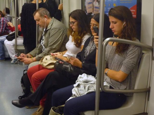 wifi gratis barcelona metro