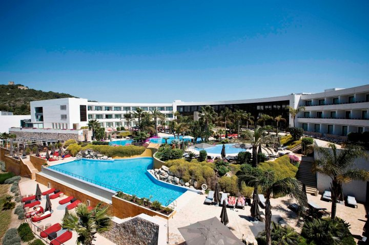 Dolce Sitges_Piscinas