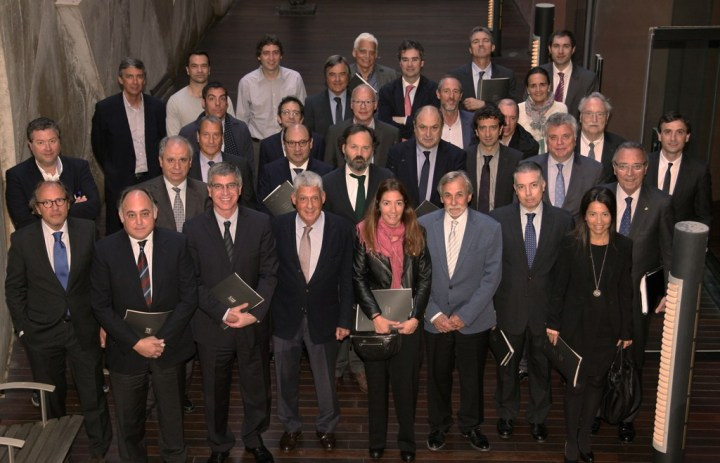 La junta rectora del Gremio de Hoteles de Barcelona, presidida por Jordi Clos.