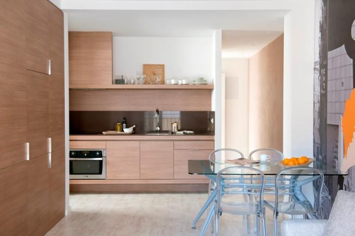 Un apartamento turístico en Barcelona, ubicado en un edificio sin vecinos.