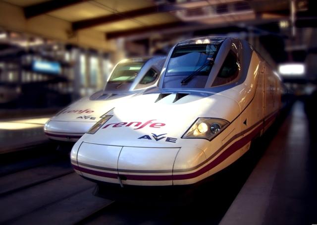 Las conexiones de trenes de alta velocidad de Barcelona con el resto de España han impulsado la llegada de turistas españoles a la Ciudad Condal.