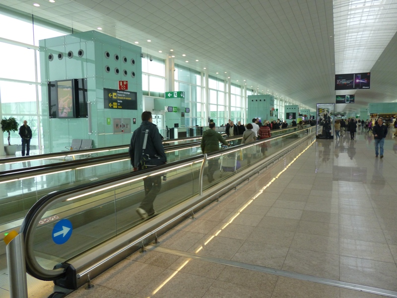 t1 barcelona airport