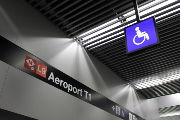 metro aeropuerto de Barcelona accesible