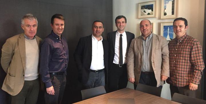 Ramon Collel (Cty Tab), Roger Callejà (Gremi d'Hotels de Barcelona), Joan Garros (Cty Tab), Manel Casals (Gremi d'Hotels de Barcelona), Andrés Navarra y Guim Anguera (My Hoteling).